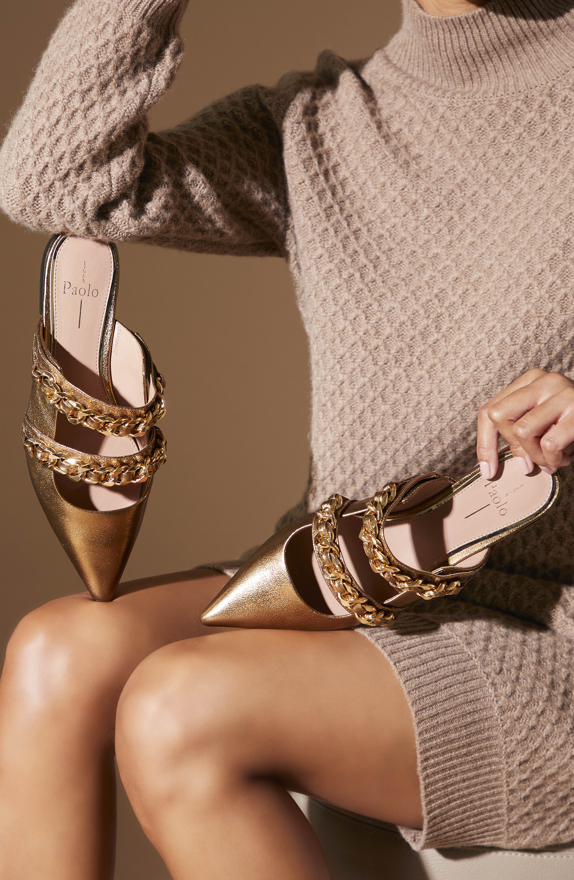 Aurel Women's Pointy Toe Mule-Lookbook10