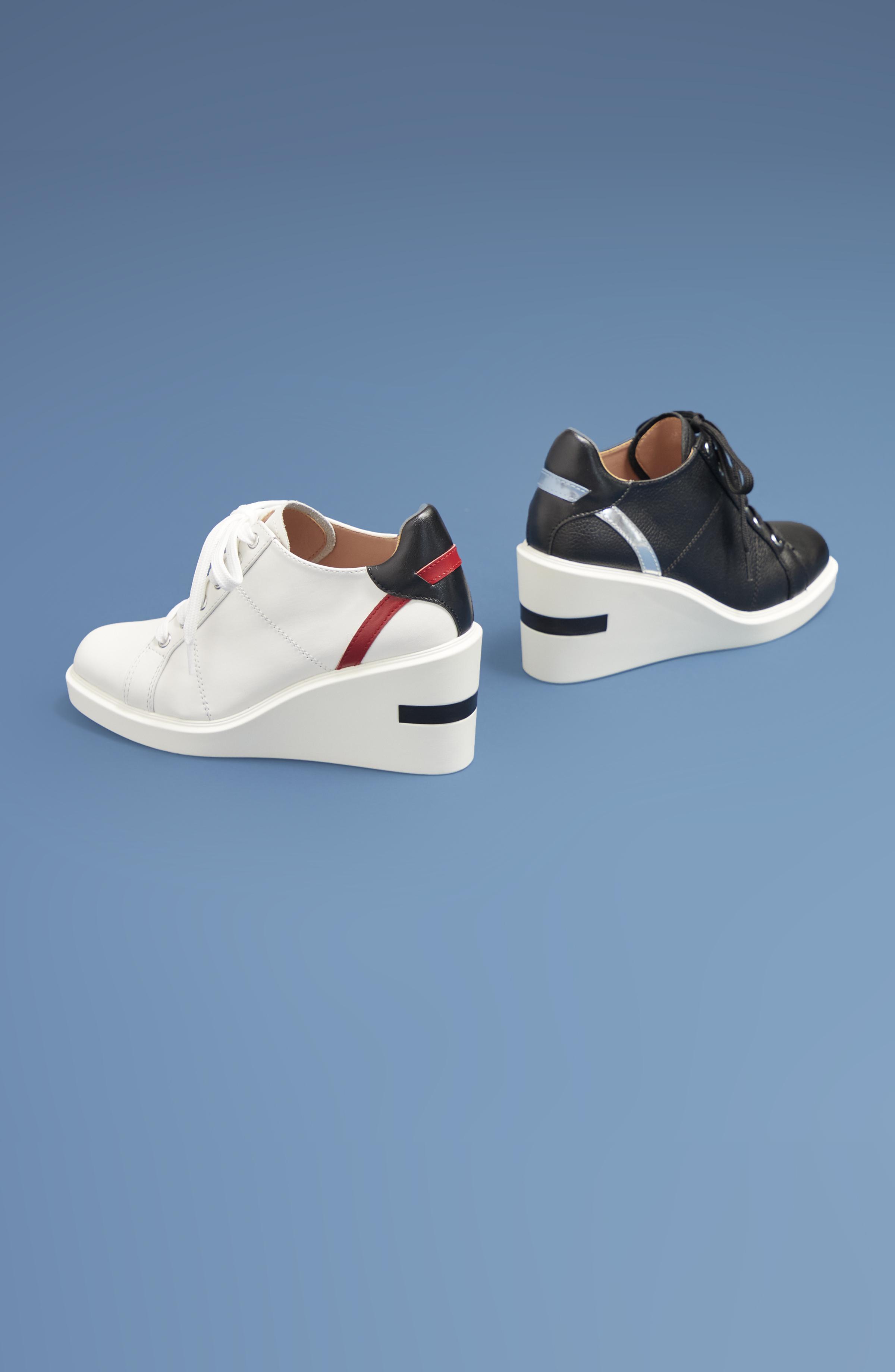 Korin Women's Sneaker Wedge-Lookbook1
